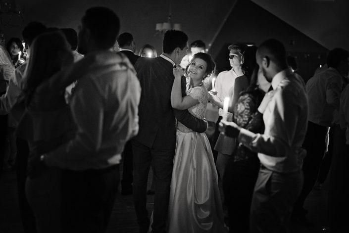 mrugała studio, świetlisty taniec, taniec ze świecami, świetlisty walc, wesele w gdańsku