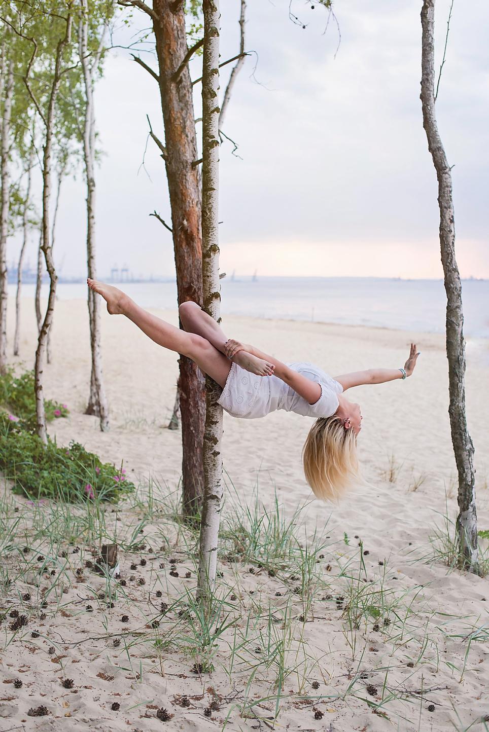 wieczór panieński na plaży, panieński w Gdańsku, sesja kobieca na plaży, górki zachodnie sesja